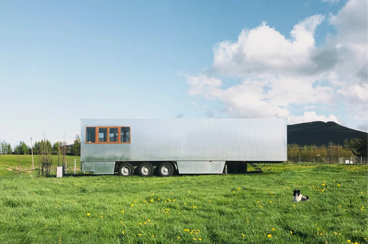 Semi-trailers transform into luxury caravans in Poland's first mobile hotel chain concept!