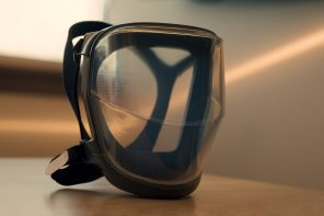 This fog-resistant transparent face shield provides ergonomic comfort for sustained wear in the new normal