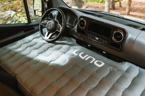 This inflatable mattress turns your vehicle's front seat into a cozy sleeping space when outdoor!