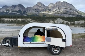 This towable XL camper comes with roomy and bright interiors to give you a comfortable outdoor experience!